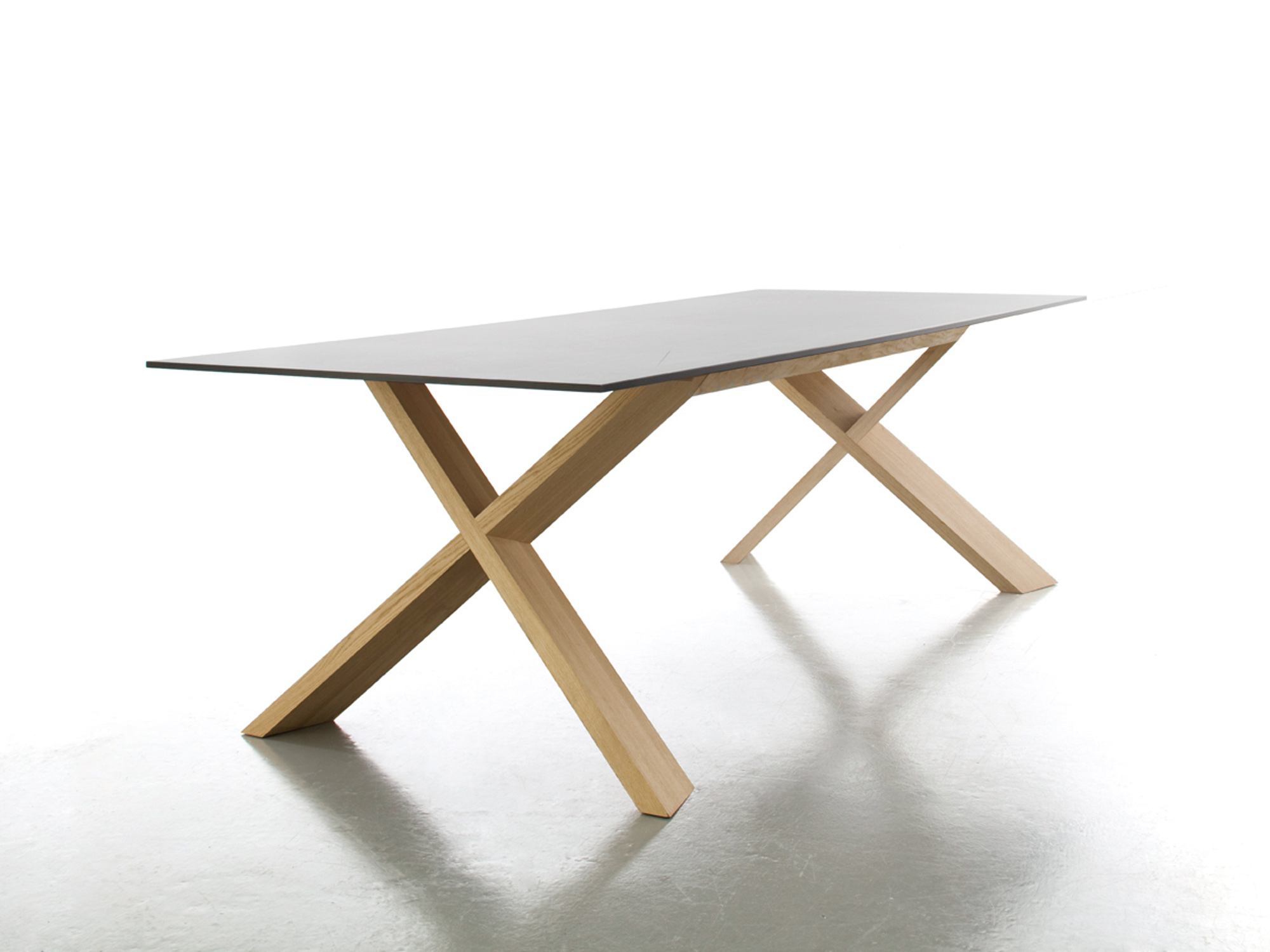 Sebastian Bscher Architektur X Table